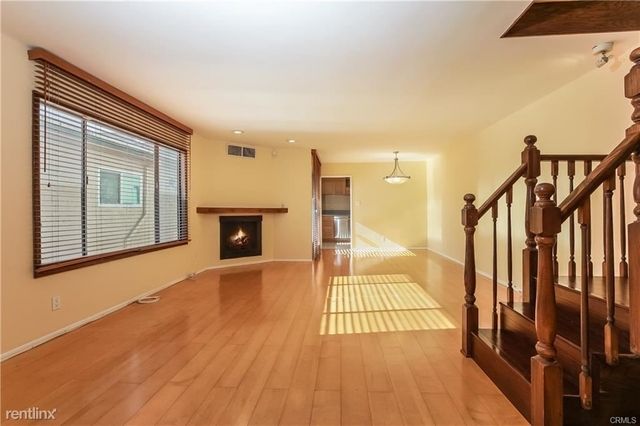 2 Bedrooms, Brentwood Rental in Los Angeles, CA for $4,200 - Photo 1