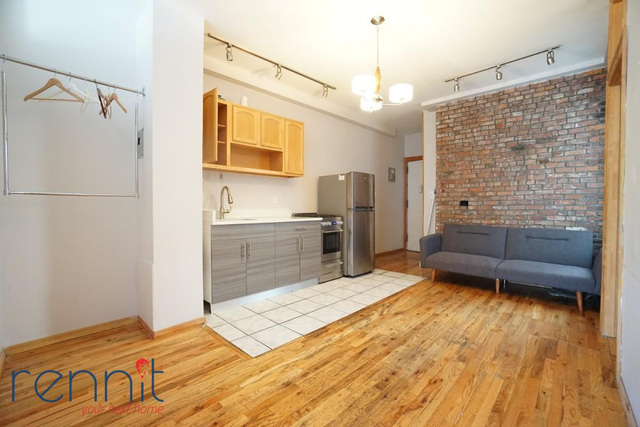 3 Bedrooms, Williamsburg Rental in NYC for $2,700 - Photo 1