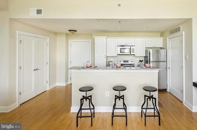 2 Bedrooms, Logan Square Rental in Philadelphia, PA for $2,370 - Photo 1