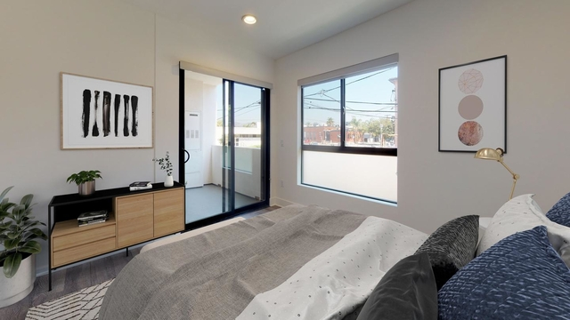 Room, Central Hollywood Rental in Los Angeles, CA for $1,225 - Photo 1