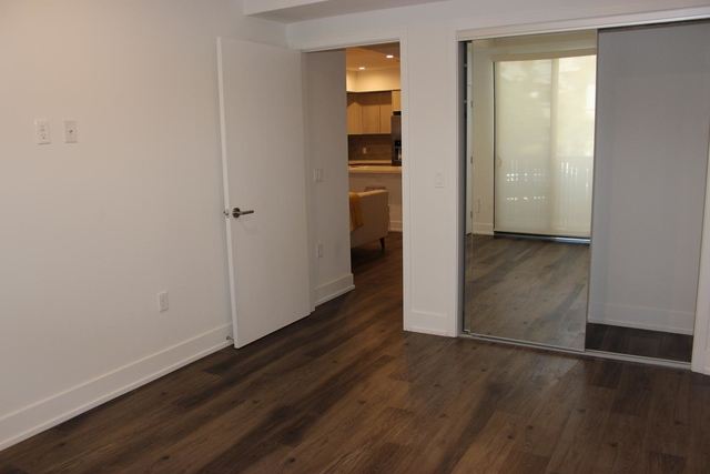 Room, Mid-City West Rental in Los Angeles, CA for $1,175 - Photo 1