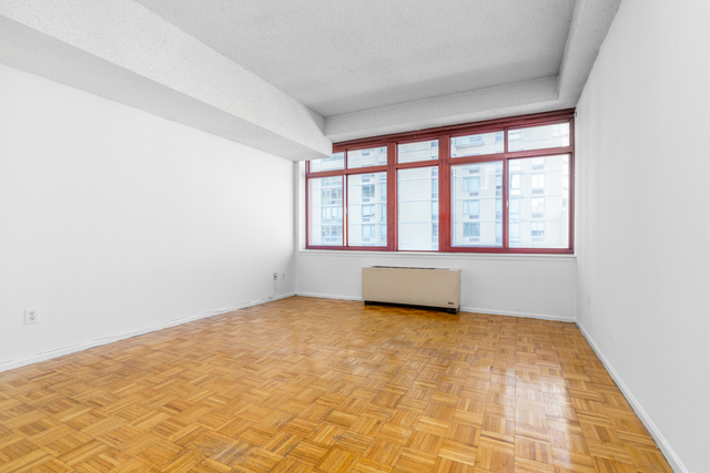 1 Bedroom, Hunters Point Rental in NYC for $2,300 - Photo 1