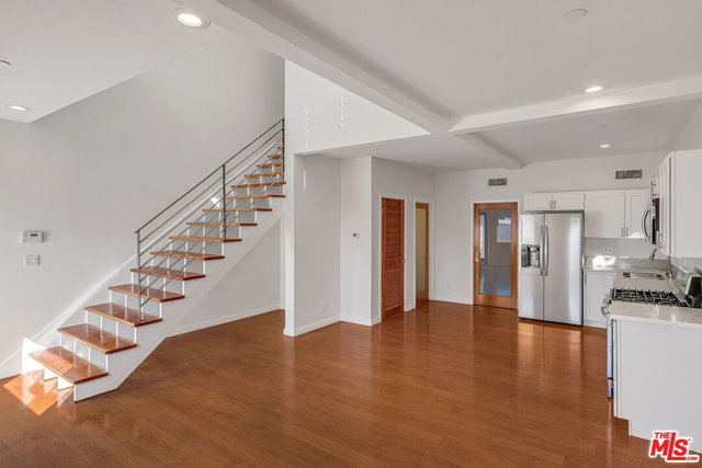 2 Bedrooms, Mid-City Rental in Los Angeles, CA for $5,975 - Photo 1