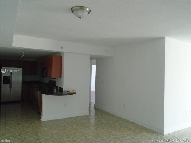2 Bedrooms, Treasure Island Rental in Miami, FL for $1,700 - Photo 1