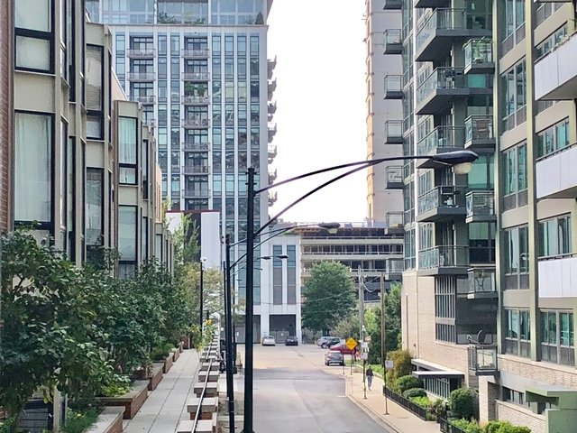 2 Bedrooms, Fulton River District Rental in Chicago, IL for $2,025 - Photo 1