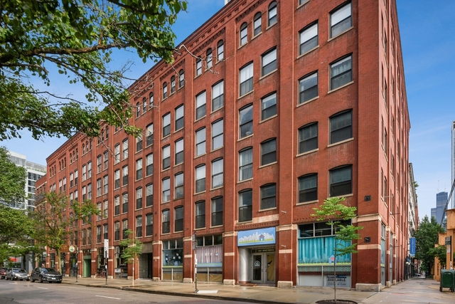 1 Bedroom, River North Rental in Chicago, IL for $1,875 - Photo 1