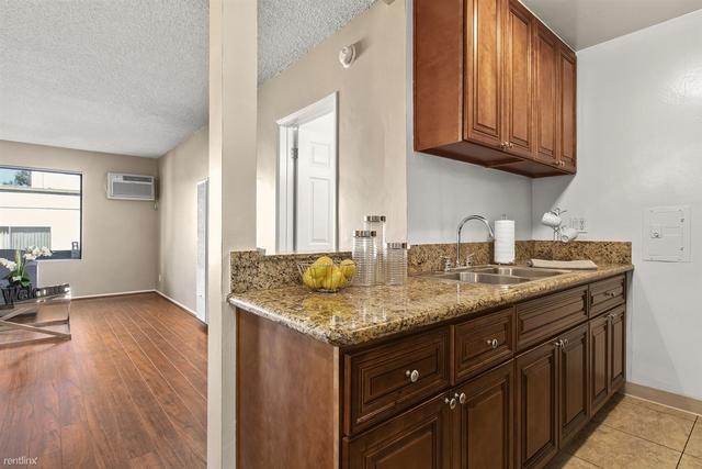 1 Bedroom, Sherman Oaks Rental in Los Angeles, CA for $1,825 - Photo 1
