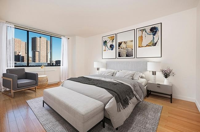 3 Bedrooms, Battery Park City Rental in NYC for $7,663 - Photo 1