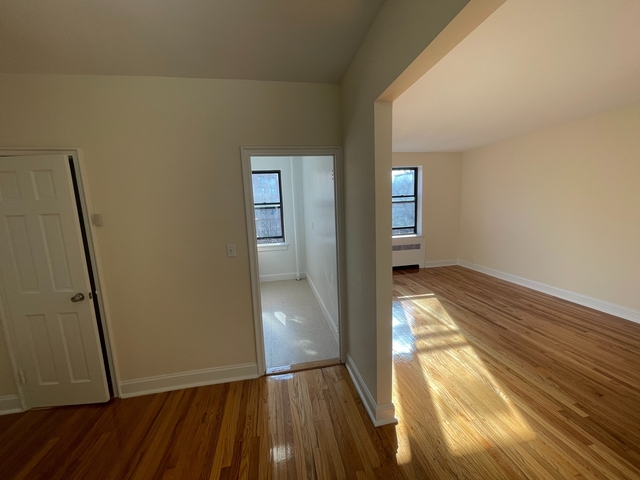 Studio, Rego Park Rental in NYC for $1,675 - Photo 1