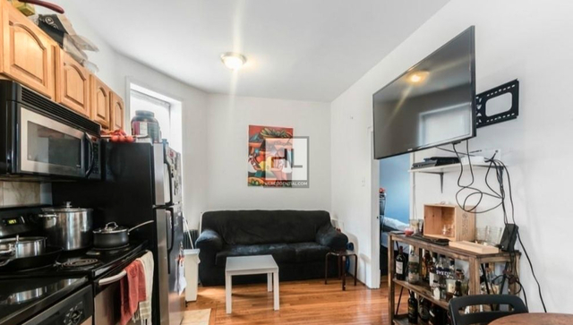 3 Bedrooms, East Village Rental in NYC for $2,739 - Photo 1