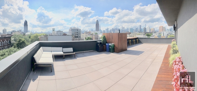 2 Bedrooms, Greenpoint Rental in NYC for $2,730 - Photo 1