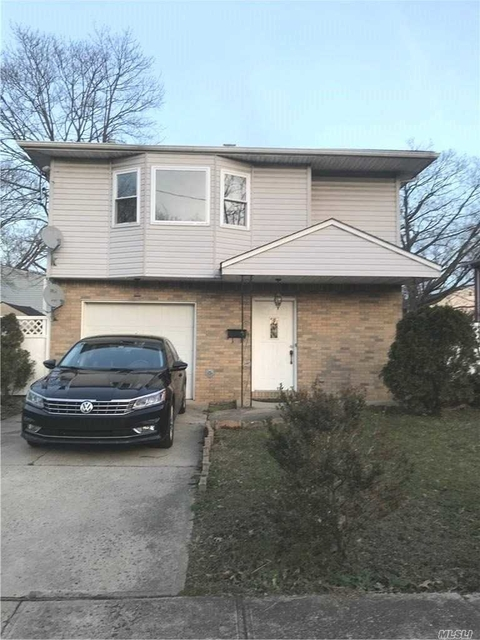 6 Bedrooms, Roosevelt Rental in Long Island, NY for $4,000 - Photo 1