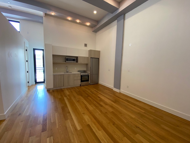 2 Bedrooms, Bushwick Rental in NYC for $2,583 - Photo 1