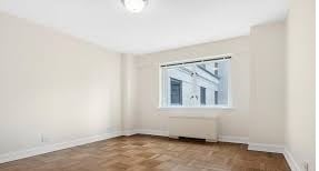 3 Bedrooms, Upper East Side Rental in NYC for $6,400 - Photo 1