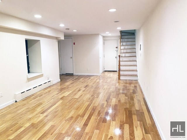3 Bedrooms, Hell's Kitchen Rental in NYC for $5,200 - Photo 1