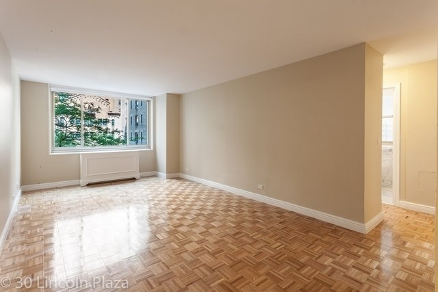 2 Bedrooms, Lincoln Square Rental in NYC for $4,476 - Photo 1