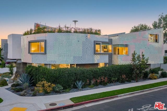 3 Bedrooms, Oakwood Rental in Los Angeles, CA for $13,000 - Photo 1