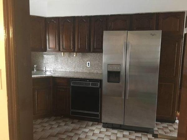 3 Bedrooms, Flushing Rental in NYC for $2,500 - Photo 1
