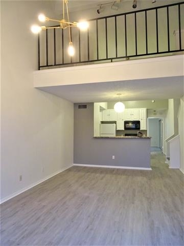2 Bedrooms, RANDCO Rental in Dallas for $1,195 - Photo 1