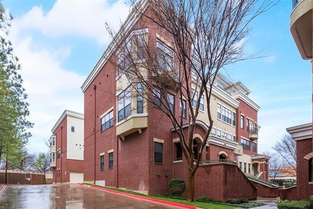 2 Bedrooms, Arlington Rental in Dallas for $1,775 - Photo 1