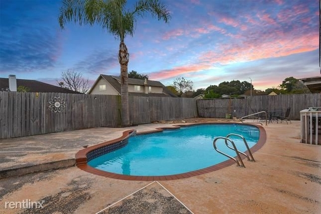 3 Bedrooms, Parkview South Rental in Houston for $2,330 - Photo 1