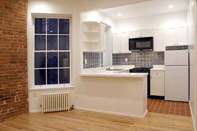 2 Bedrooms, Gramercy Park Rental in NYC for $2,350 - Photo 1