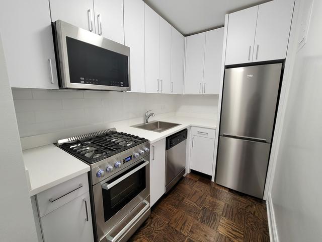 Studio, Yorkville Rental in NYC for $2,500 - Photo 1