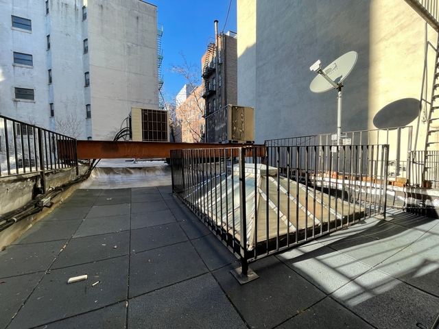 2 Bedrooms, Alphabet City Rental in NYC for $2,295 - Photo 1