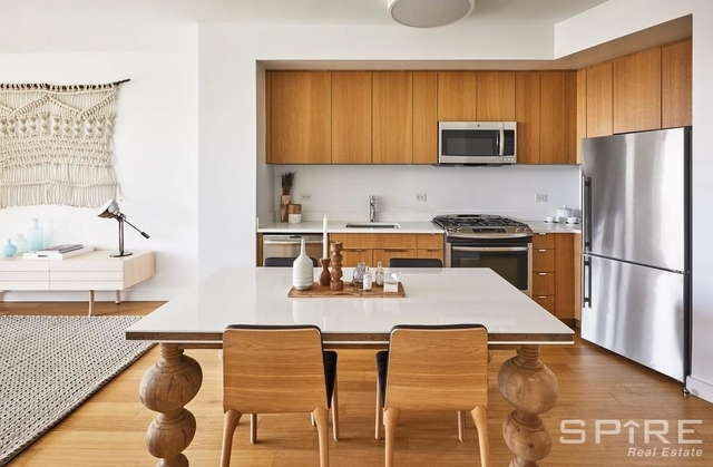 3 Bedrooms, Hell's Kitchen Rental in NYC for $8,154 - Photo 1