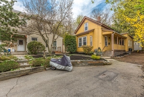 2 Bedrooms, Maplewood Highlands Rental in Boston, MA for $2,100 - Photo 1