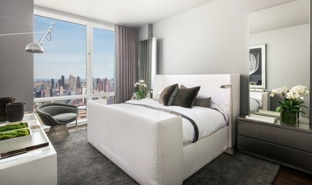 2 Bedrooms, Hell's Kitchen Rental in NYC for $6,160 - Photo 1