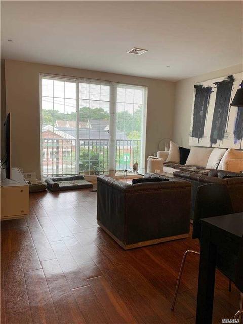 1 Bedroom, Huntington Rental in Long Island, NY for $3,100 - Photo 1