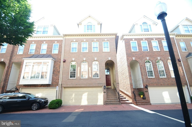 3 Bedrooms, Rivergate Rental in Washington, DC for $4,980 - Photo 1