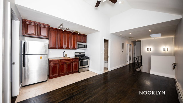 4 Bedrooms, Crown Heights Rental in NYC for $2,600 - Photo 1