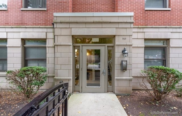 3 Bedrooms, University Village - Little Italy Rental in Chicago, IL for $2,200 - Photo 1