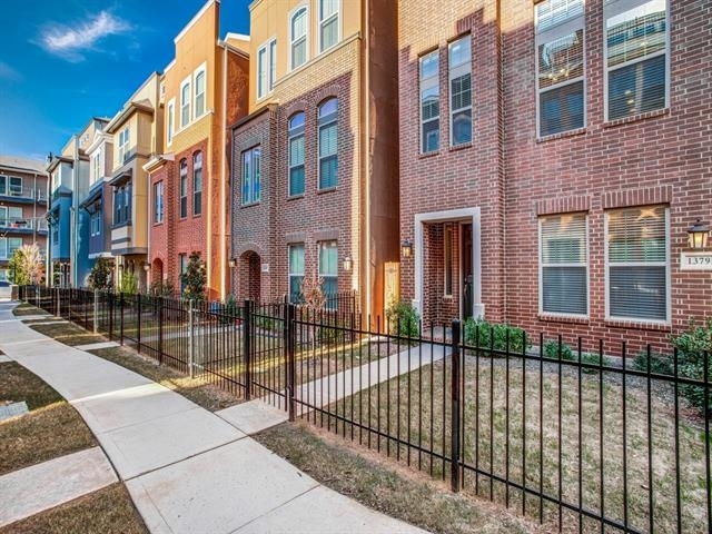 3 Bedrooms, Cedars Rental in Dallas for $3,700 - Photo 1