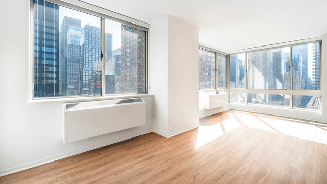1 Bedroom, Hell's Kitchen Rental in NYC for $2,990 - Photo 1