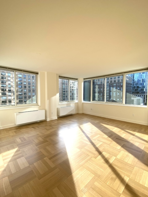 2 Bedrooms, Lincoln Square Rental in NYC for $5,106 - Photo 1