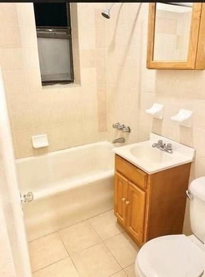 1 Bedroom, Ocean Parkway Rental in NYC for $1,650 - Photo 1