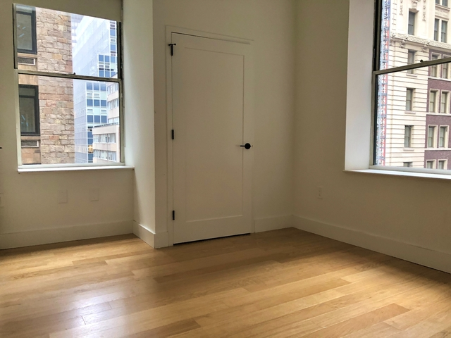 3 Bedrooms, Financial District Rental in NYC for $4,880 - Photo 1