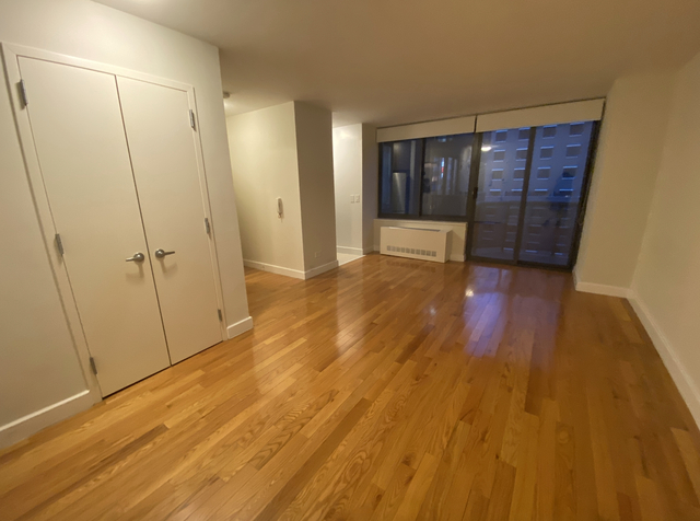 Studio, Theater District Rental in NYC for $1,757 - Photo 1