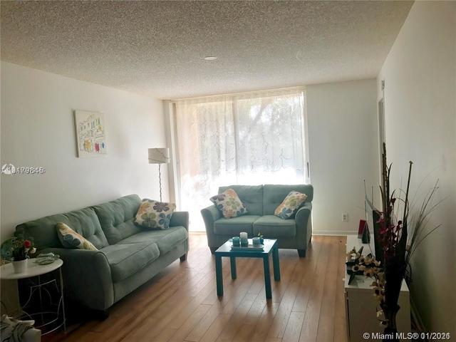 2 Bedrooms, Jacaranda West Rental in Miami, FL for $1,500 - Photo 1