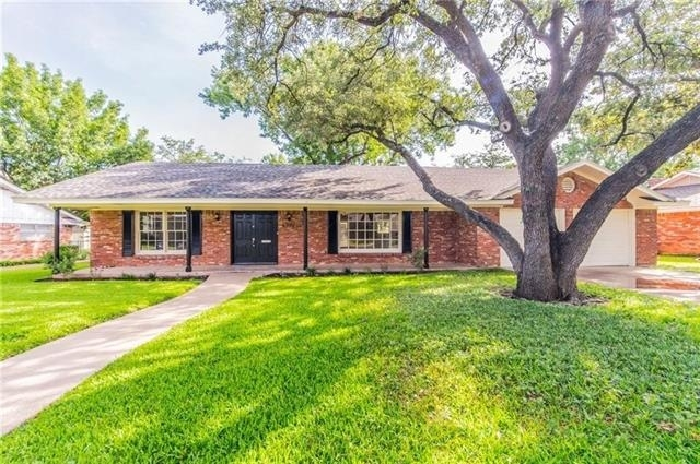 3 Bedrooms, Foster Park Rental in Dallas for $2,595 - Photo 1