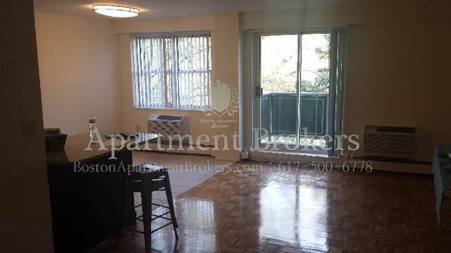 2 Bedrooms, Coolidge Corner Rental in Boston, MA for $2,500 - Photo 1