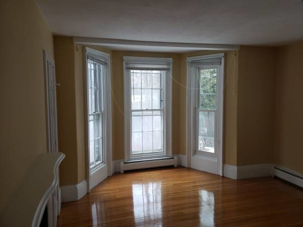3 Bedrooms, Newton Center Rental in Boston, MA for $3,300 - Photo 1