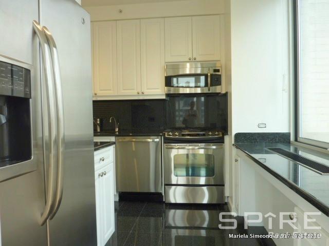 3 Bedrooms, Midtown East Rental in NYC for $5,200 - Photo 1