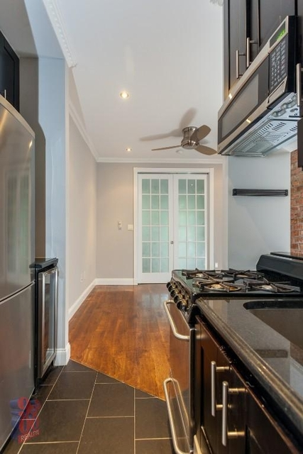 3 Bedrooms, Lower East Side Rental in NYC for $2,913 - Photo 1