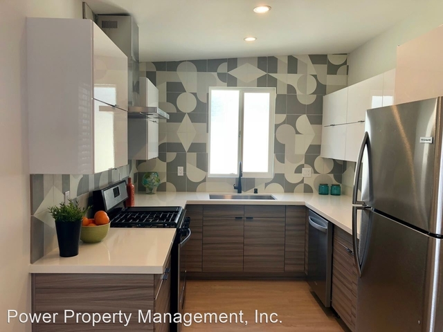 2 Bedrooms, Venice Beach Rental in Los Angeles, CA for $3,570 - Photo 1