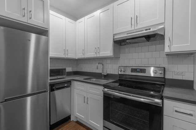2 Bedrooms, West Village Rental in NYC for $4,480 - Photo 1