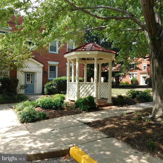 Studio, Harbor Terrace Condominiums Rental in Washington, DC for $1,500 - Photo 1